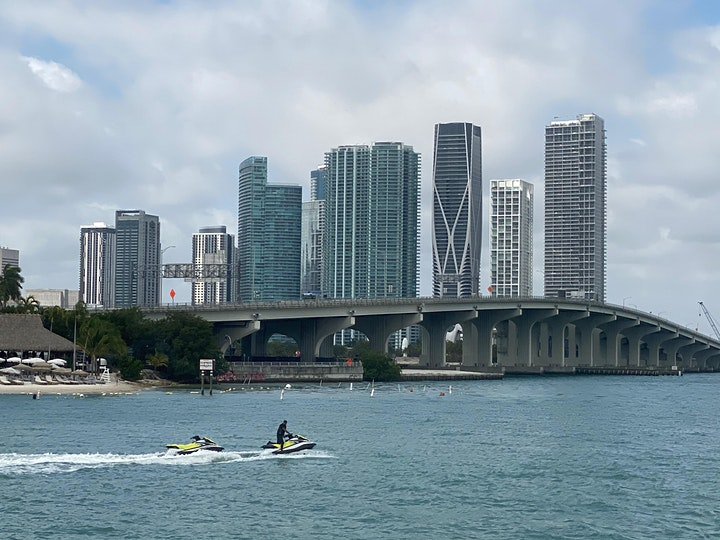 Miami: City Cruise to Millionaire's Homes & Venetian Islands image