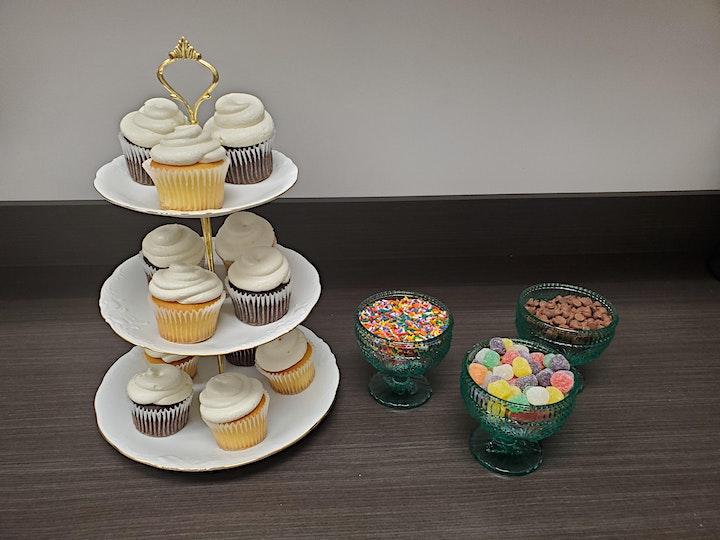 Cupcake Decorating  Party image
