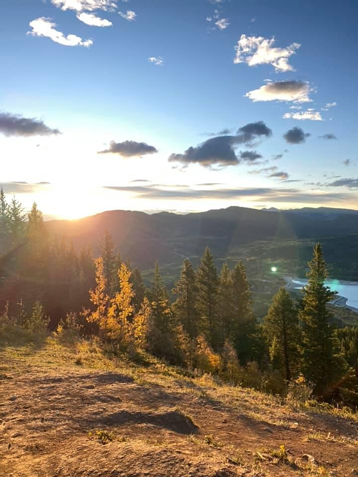 Sunrise  Intermediate guided hike- Prairie View Lookout image