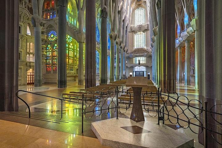 Gaudí's dream. The Sagrada Familia in Barcelona. Live Streaming Tour image