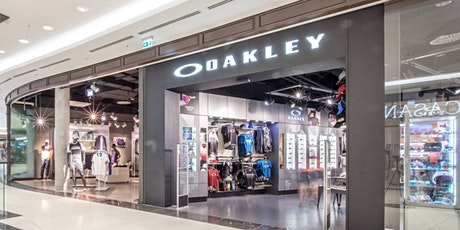 OAKLEY  Store in der Mall of Berlin - CLICK AND MEET tickets