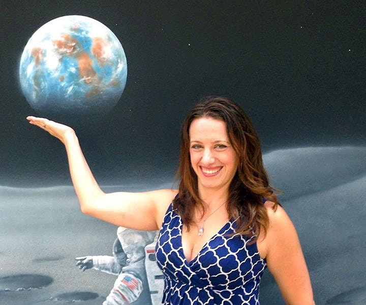 "Space Café WebTalk -  ""33 minutes with Laura Seward Forczyk"" image"