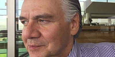 Encuentro con el Profesor Decano de IPADE, Agustin Llamas Mendoza
