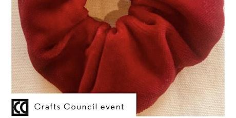 Hey Craft! 2021 - Make a hair scrunchie using scrap fabric tickets