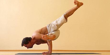 Power Yoga Workout  auf Spendenbasis am 22. Mai 2021 Tickets