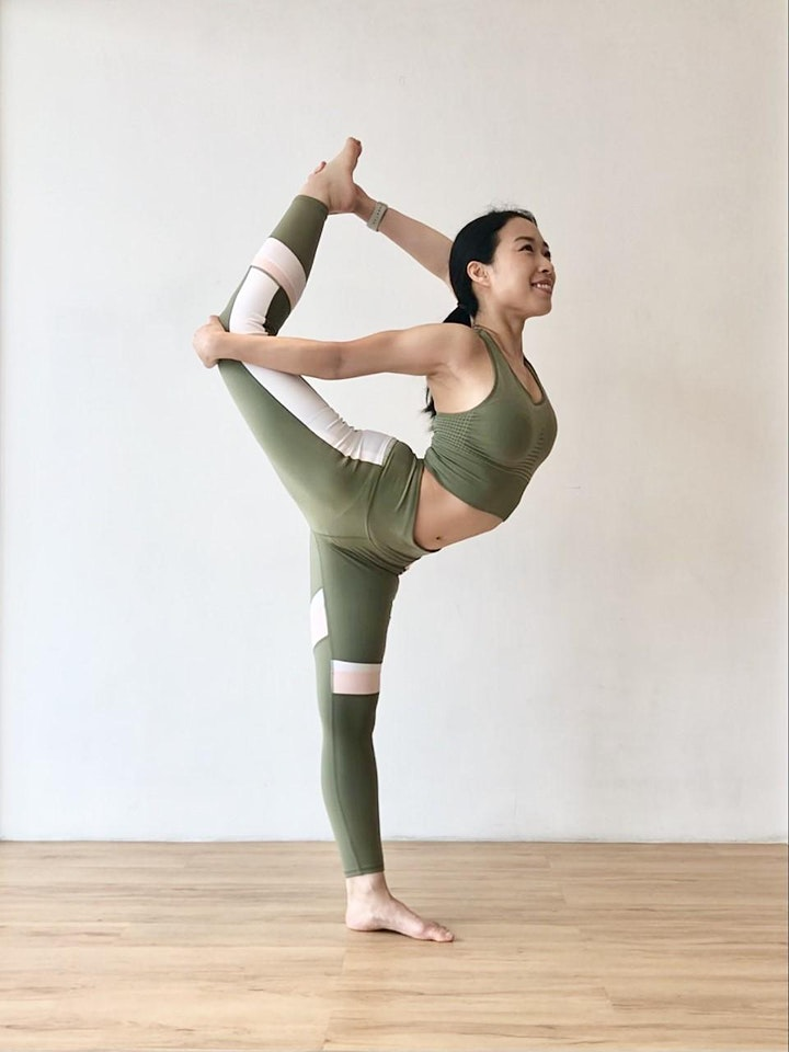 Melody  x Sweaty Betty: Yoga for Neck, Shoulders & Hips  (Bilingual) image