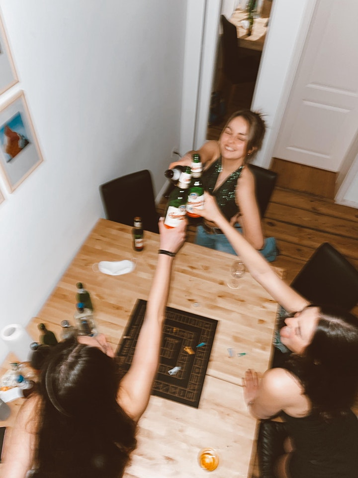 Drinking Context image