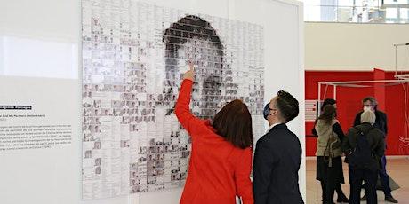 Mediación en sala exposición New Ego - mayo entradas