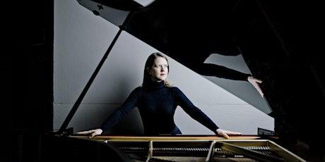Helena Basilova speelt pianoconcert 'In C' in Feerwerd (04-07-21) tickets