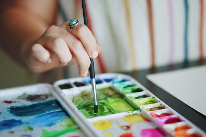Painting Workshop: Flowers in watercolour and ink image