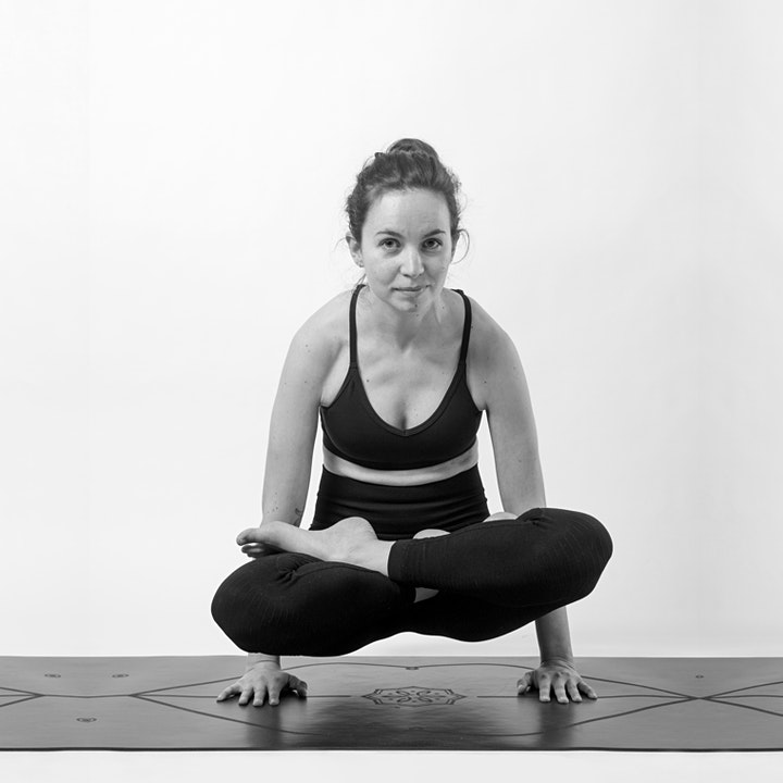 Free Outdoor Yoga - West End image