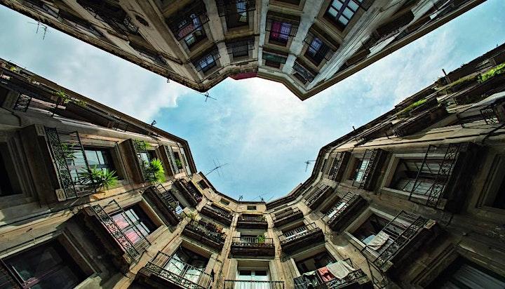 Imagen de La Barcelona secreta. ¡Disfuta en familia de un tour inolvidable!