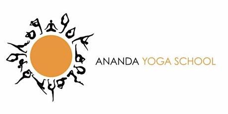 Mid Morning Flow with Ananda Yoga School entradas