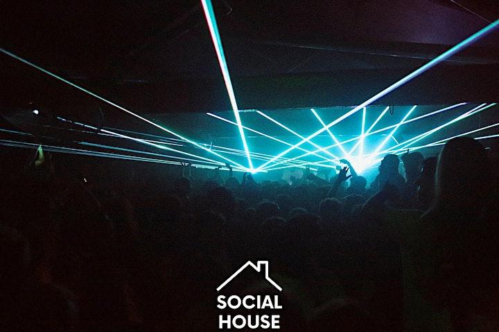 Social House:  OOTS vs STÜM image
