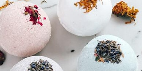 Bath Bomb Making Class: Botanicals and Geodes tickets