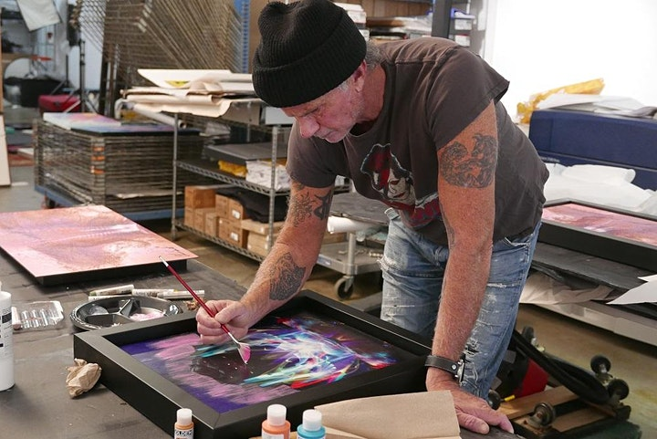 CHAD SMITH OF THE RED HOT CHILI PEPPERS IN PERSON image