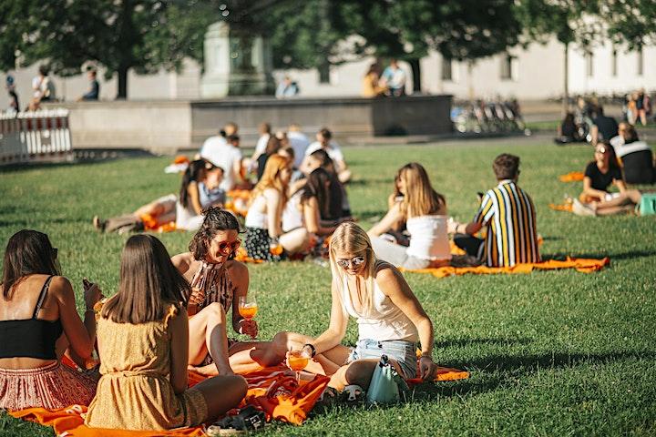 Aperol Spritz Bar Walking Tour Berlin 2021: Bild