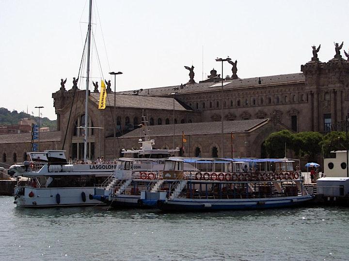 Imagen de Las Golondrinas Boat tour around Barcelona Port 40min