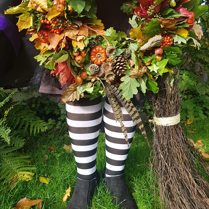 Gardening Lady HALLOWEEN Wreath Making Workshop 2 image