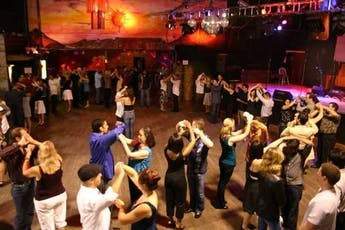 SalsaCrazy Mondays - SALSA Dance Lessons, Salsa & Bachata Dance Party [4 WEEKS] tickets
