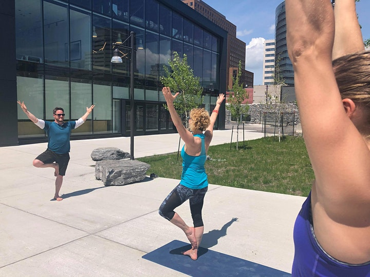 Image de Yoga at Zibi
