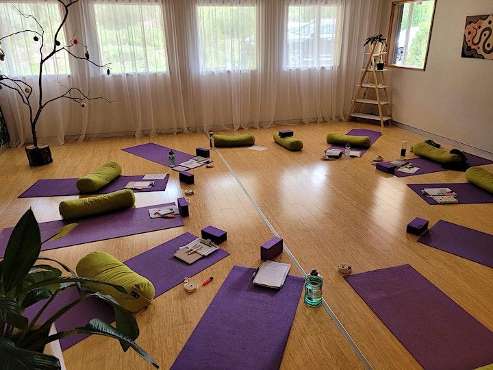 Thursday morning yoga image
