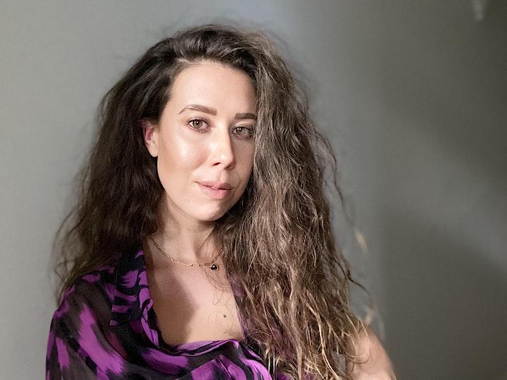Kimberley Moulton | Tell me a story image