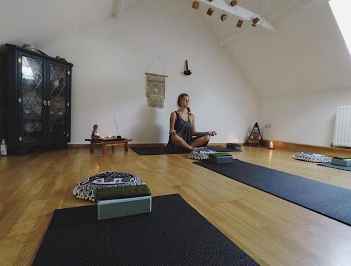 Meditation session image