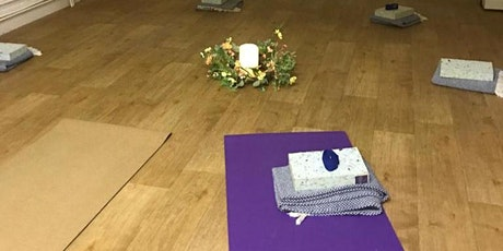 Small Group Yoga Class - mornings tickets