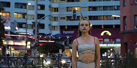 Leonie Krippendorff: Cocoon (2020) boletos