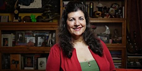 Entre Arequipa y el mundo. Conversatorio con la escritora Teresa Ruiz Rosas entradas