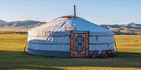 Visit a Mongolian yurt! entradas