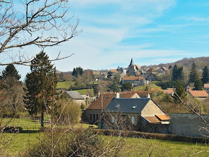 Visit the town of Le Puy-En-Velay image