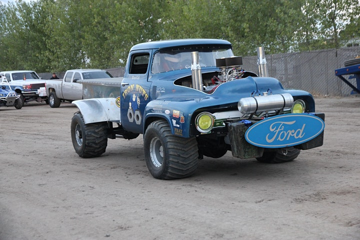 West Coast Summer Nationals Tractor and Truck Pulls image