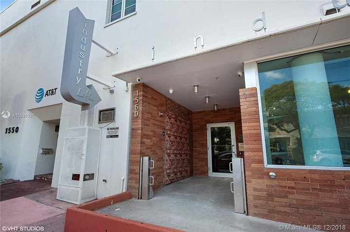 305 Fitness with Glow Fitness in South Beach image