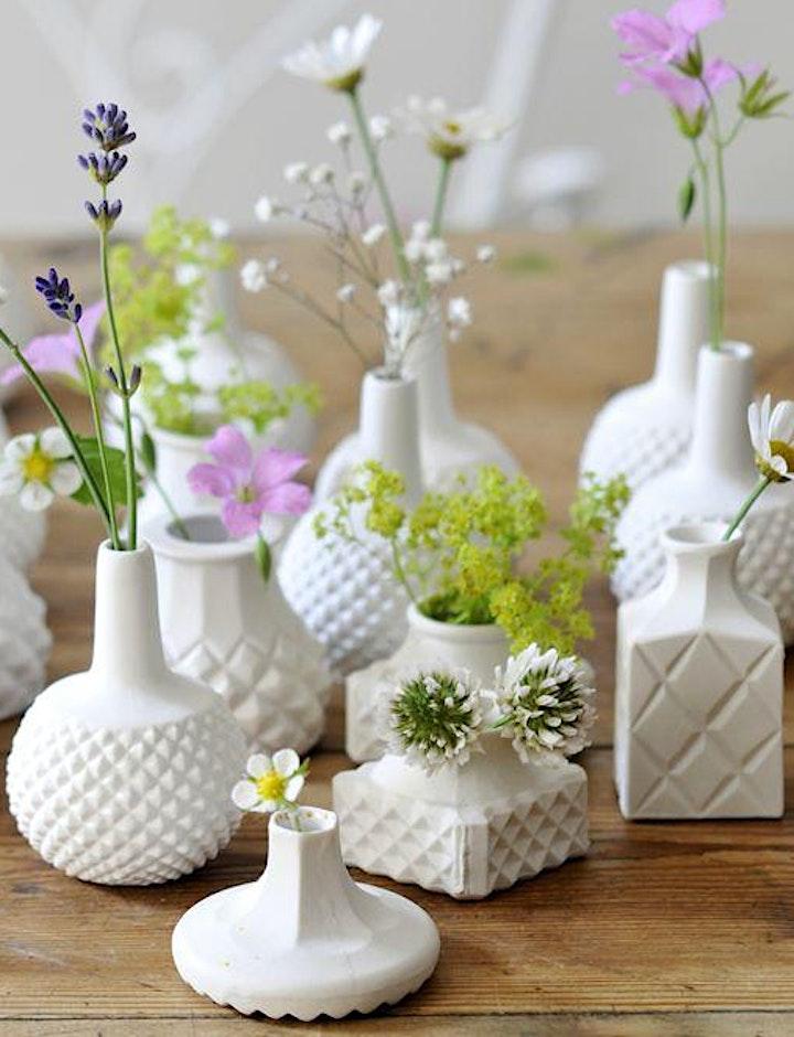 Bud Vase | Pottery Workshop w/ Siriporn Falcon-Grey image