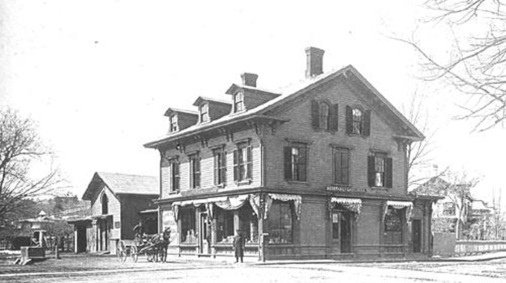 Walking Tour: 150 Years of Shopping in Coolidge Corner image