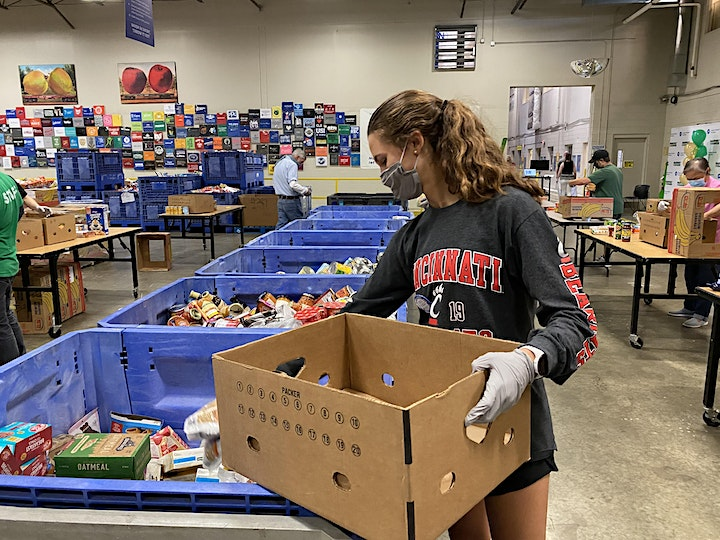 Sorting Food at the Greater Cleveland Food Bank image