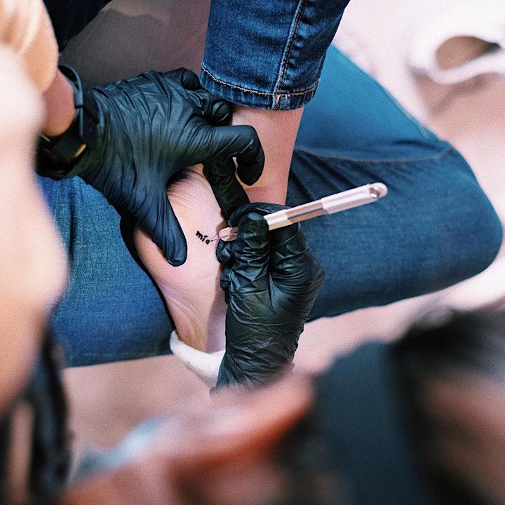 Imagen de Taller Handpoke por @gua.heine