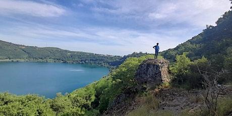 Trekking, Yoga e Avventura a picco sul lago di Nemi nella Natura selvaggia! biglietti
