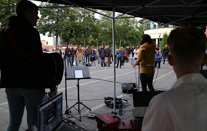 Afbeelding van Aanbiddingsavond Kampen voor Jezus - met Eline Bakker & GLOW Worship