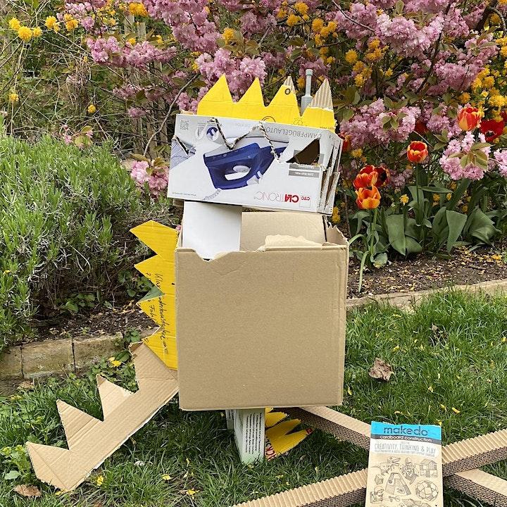 Cardboard Costume & Architecture: Nachhaltiges Bauen und Designen mit Pappe: Bild