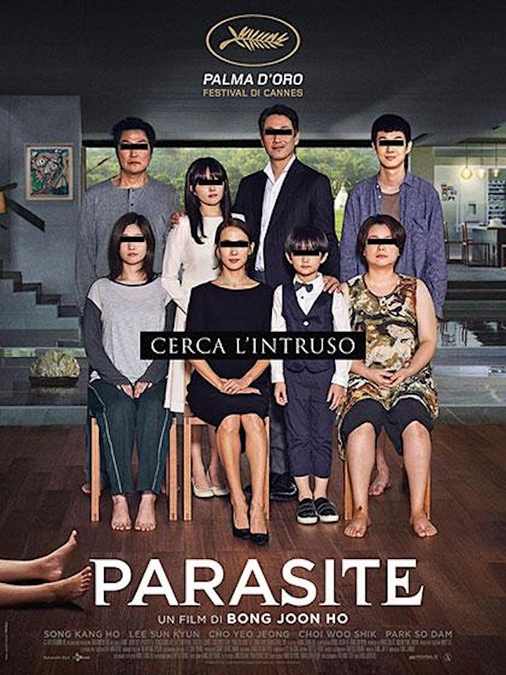 Immagine PARASITE - TORNIAMO AL CINEMA E AL TEATRO SOTTO LE STELLE