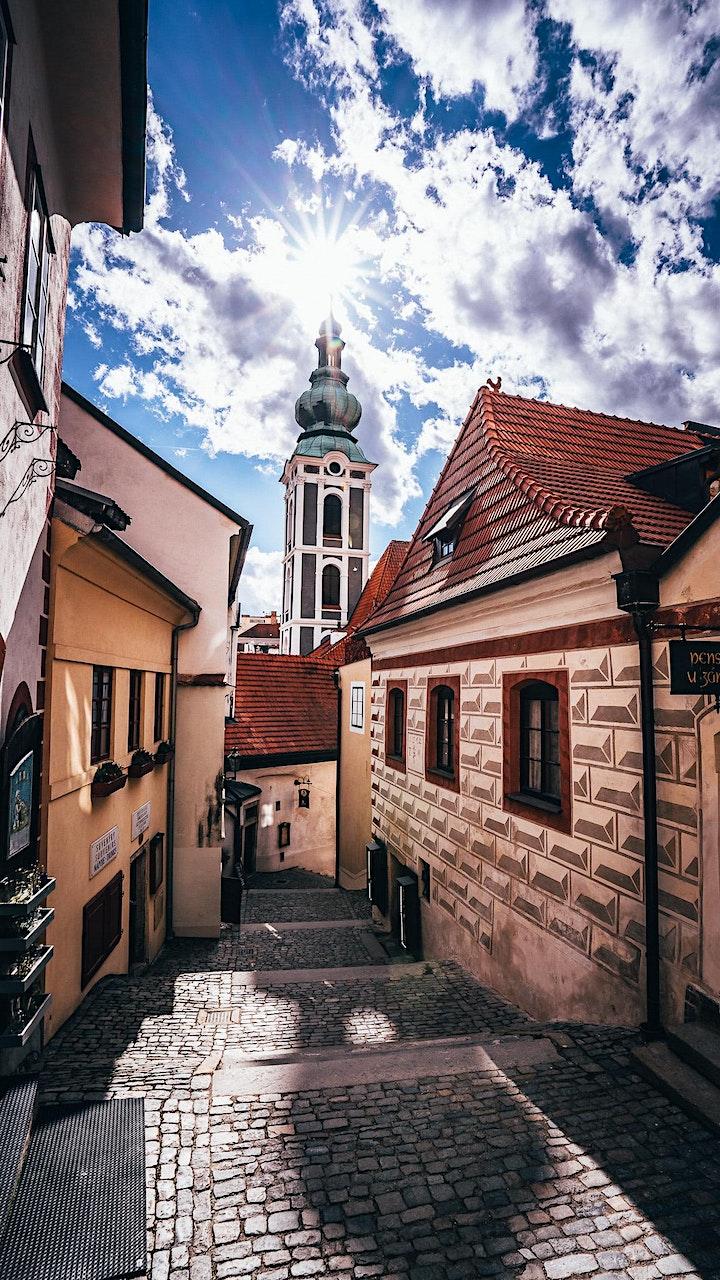 A walk through Cesky Krumlov image