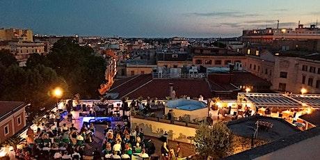 Aperitivo di Lusso nella Terrazza Panoramica The Hive • I Love Rooftop biglietti