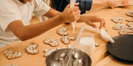 Kids honey biscuit decorating with Those Barossa Girls tickets
