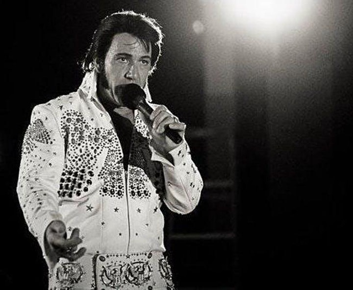 Jesse Garron's Christmas Tribute to Elvis image