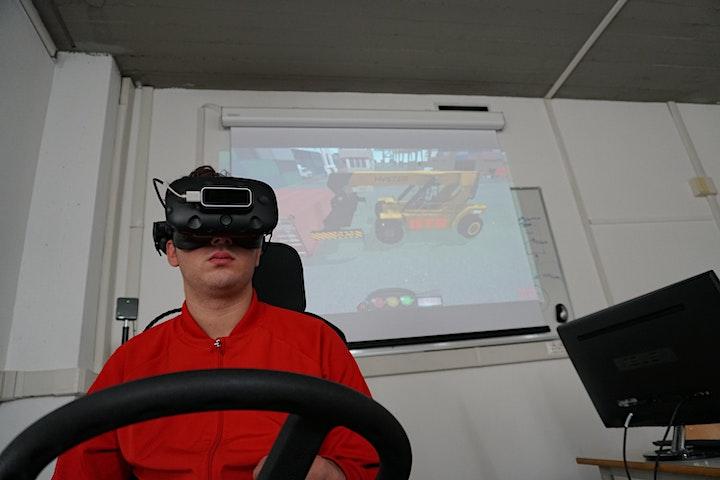 Immagine Portainer Lab: i mestieri del porto dal mondo virtuale alla realtà