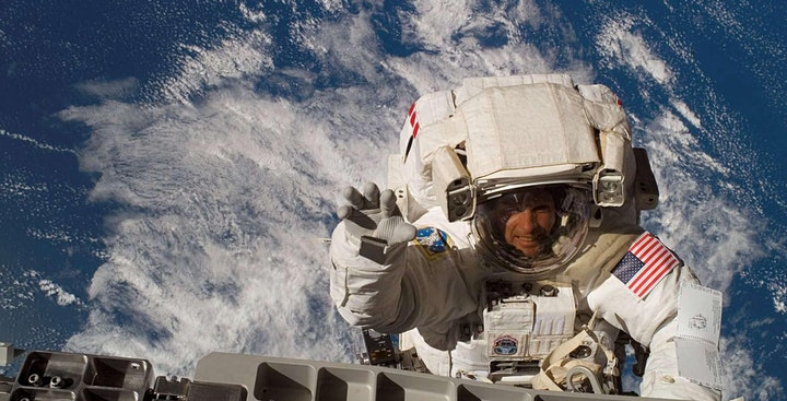 Scott Kelly & Friends - SpaceTalking with an Astronaut image
