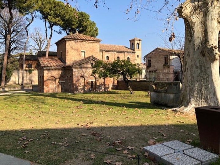 A stroll in Ravenna, from the past up to contemporary days image